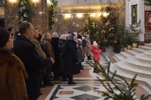 Епископ Балтийский Серафим совершил Литургию в Кафедральном соборе Христа Спасителя в канун Рождества Христова