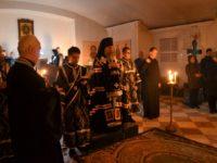 Архиепископ Серафим совершил заупокойную литию по жертвам трагедии в Кемерово