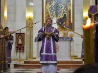 В Неделю Крестопоклонную архиепископ Серафим совершил литургию