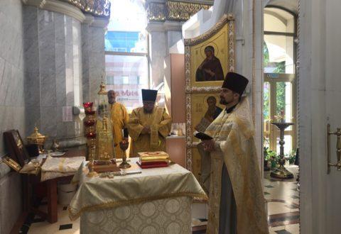 В храме святых благоверных князей Петра и Февронии отметили престольный праздник