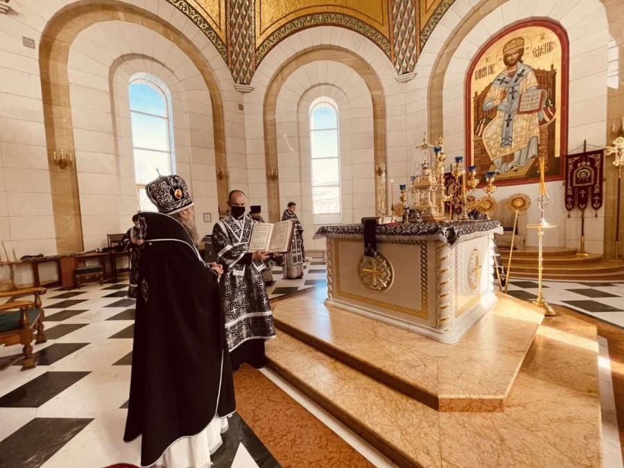 В пятницу первой седмицы Великого поста архиепископ Серафим совершил Литургию Преждеосвященных Даров