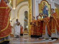 В праздник Светлого Христова Воскресения архиепископ возглавил богослужение в Кафедральном соборе Христа Спасителя