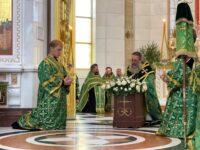 В праздник Святой Троицы архиепископ Серафим совершил пресвитерскую хиротонию