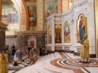 В Неделю 5-ю архиепископ Серафим совершил литургию