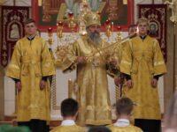 В Неделю 8-ю по Пятидесятнице архиепископ Серафим совершил Божественную литургию